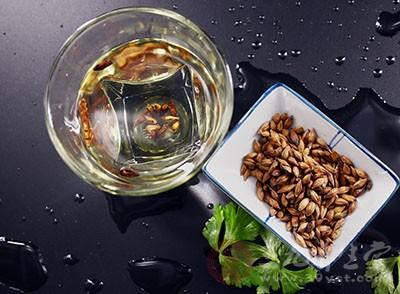 助消化增进饮食,大麦茶能够很好的去除油腻