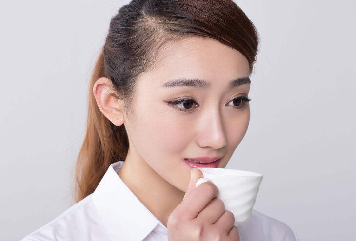 古香草减肥茶的健康配方 告别肥胖选择安全有效的减肥茶